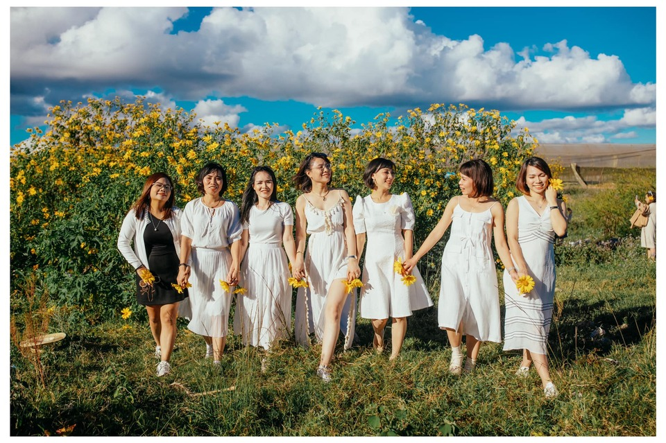 Ngẩn ngơ trước 7 cung đường ngắm Hoa Dã Quỳ đẹp nhất tại Đà Lạt